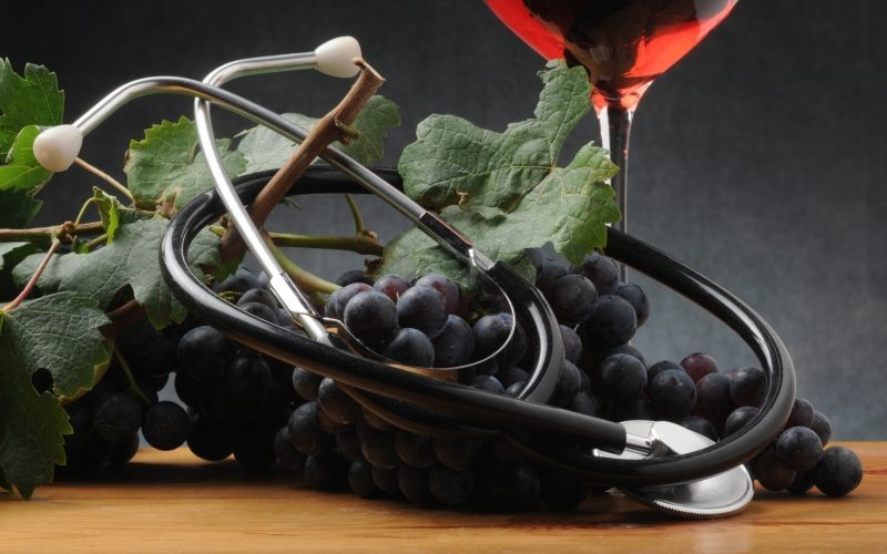 Studies Show That Wine Reduces Weight Gain, Heart Disease, Cancer, Dementia and Alzheimer's