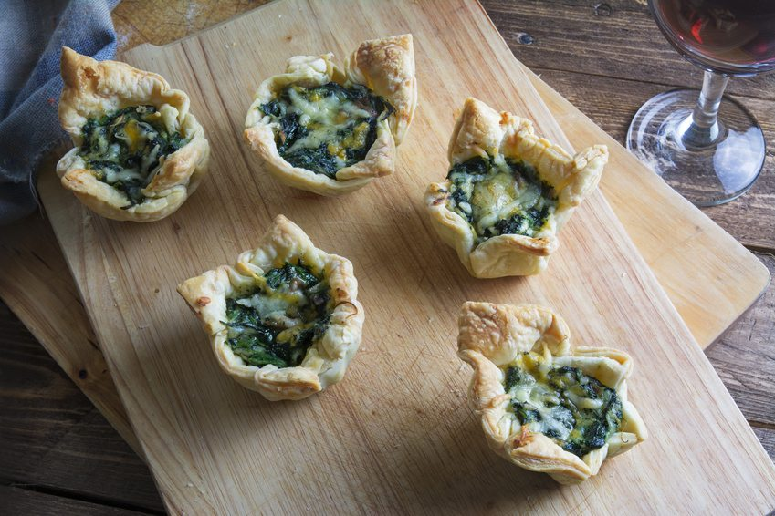 Delicious puff pastry with spinach